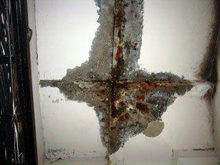 Протечки в бетоне и коррозия арматуры плит